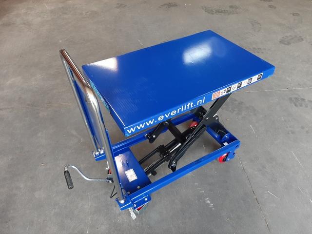 Verrijdbare heftafel 300 kg 815 x 500 mm 280-900 mm hoog