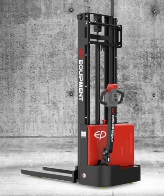 Vol elektrische stapelaar instap model 3000 mm 1200 kg