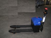 Elektrische Palletwagen 1500 kg instap model