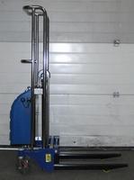 Semi elektrisch lichtgewicht / mini stapelaar 1300 mm 400 kg