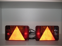 achterlicht 220 x 140 Links Met Kabel en Lampen